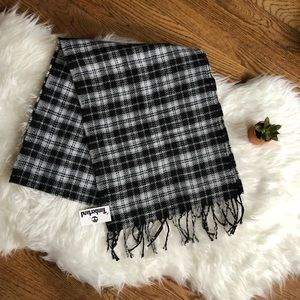 Timberland plaid scarf 🧣